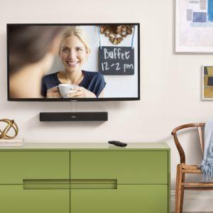 TV-Soundbar an der Wand