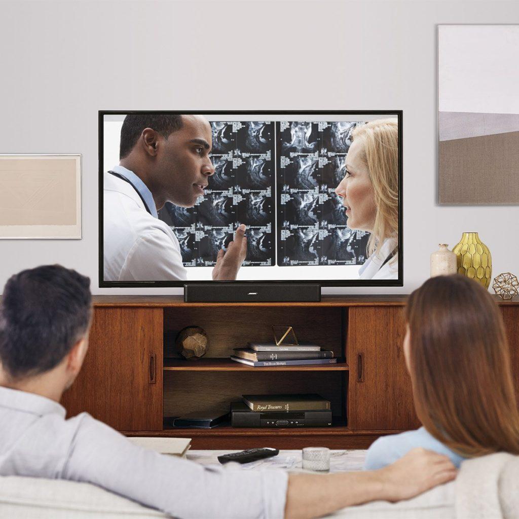 TV-Soundbar in Benutzung
